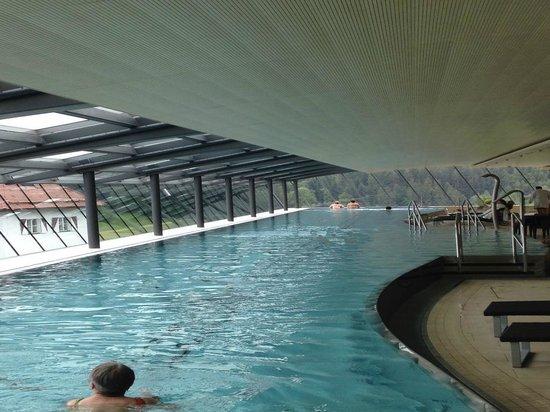 Austria Trend Hotel Schloss Lebenberg Indoor Pool Fast 50 M Lang Mit Traumsicht