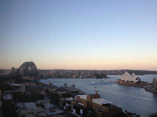 Four Seasons Hotel Sydney: Sunset view