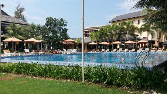 Eden Resort: Pool