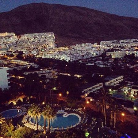 TRYP Tenerife : Night time view