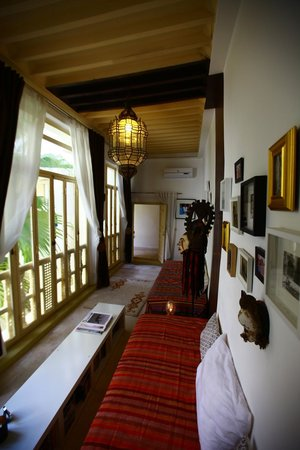 Riad 144 Marrakech: The Library.