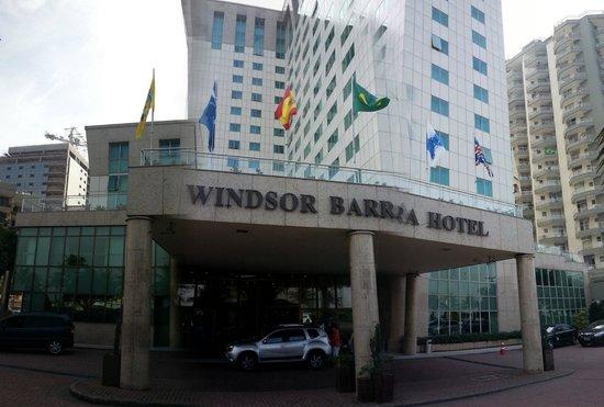 Windsor Barra: Frente del hotel