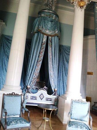 Arkhangelskoye Estate and Museum : Парадная (голубая) спальня