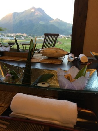 Tosyoan : 食事の一部と眺め