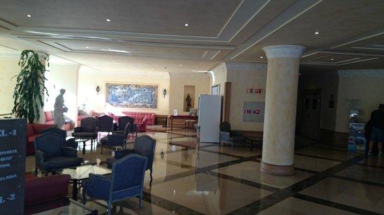 Real Bellavista Hotel & Spa: Hotel  Lobby, foyer