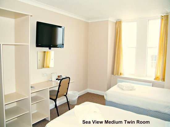 The Clarence House Hotel : Sea View Medium Twin or Superking Room