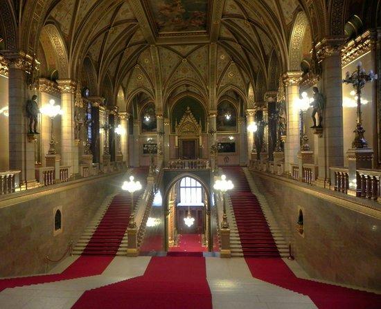 Parlement : Vue de l'intérieure