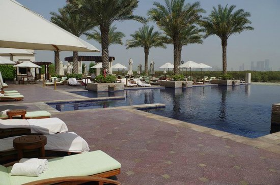 Anantara Eastern Mangroves Hotel & Spa: pool