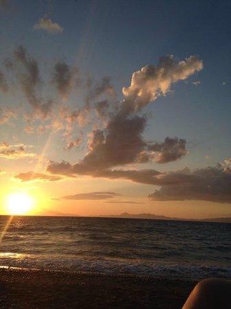 Amathus Beach Hotel Rhodes: Sunset