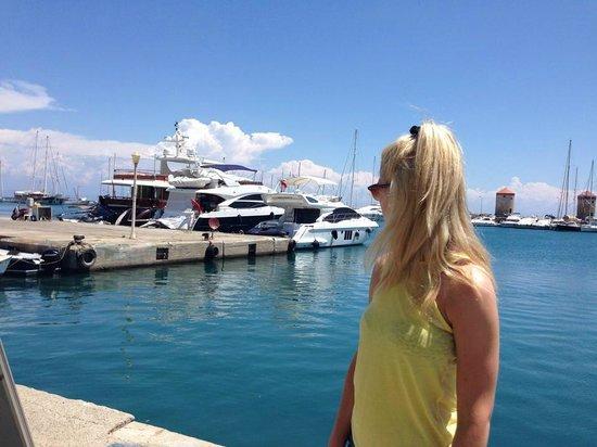 Amathus Beach Hotel Rhodes: Old Town marina