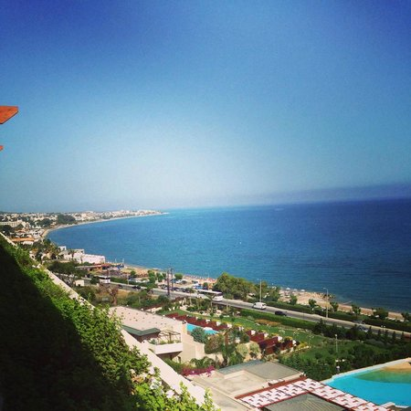 Amathus Beach Hotel Rhodes: View at breakfast