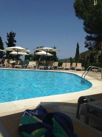 Amathus Beach Hotel Rhodes: 11th floor pool- amazing!