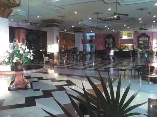Hotel Riu Vallarta: Reception Area