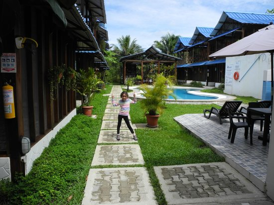 Hotel Utüane : patio del hotel
