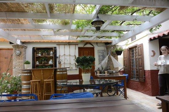 Ganimede Hotel : The lovely courtyard