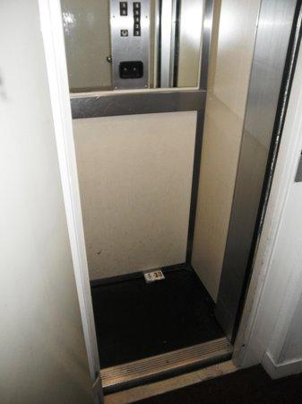 Hotel Nemours : Elevatoren
