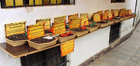 Barrio de Santa Cruz: Negozi di spezie