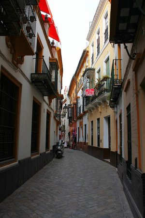 Barrio Santa Cruz : le vie del quartiere