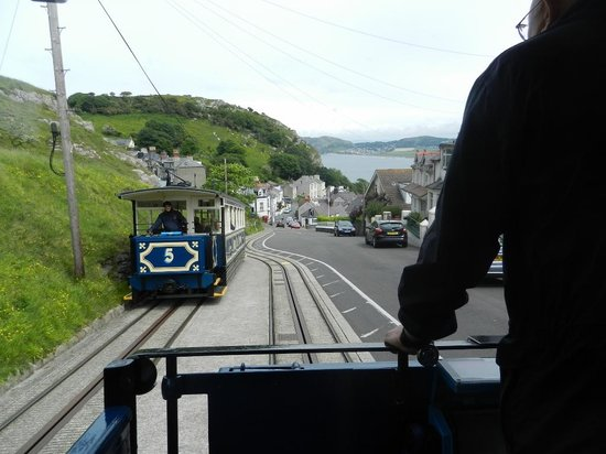 Great Orme Tramway: Passing Point