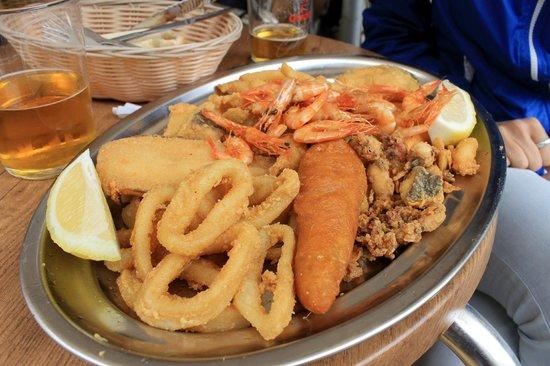 Triana : Pescado frito - 11€