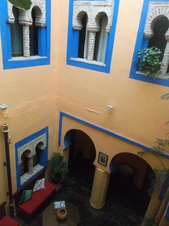 Hosteria Lineros 38 : Vistas patio