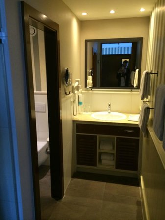"Hotel ""Bell Rock"" Europa-Park: Bathroom"