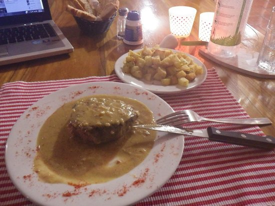 Beso del Viento: Filet Mignon and South French Style Potatoes