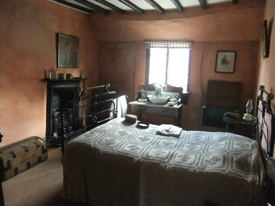 Aberconwy House, bedroom