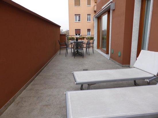 Mercure Milano Solari: The Sun Terrace