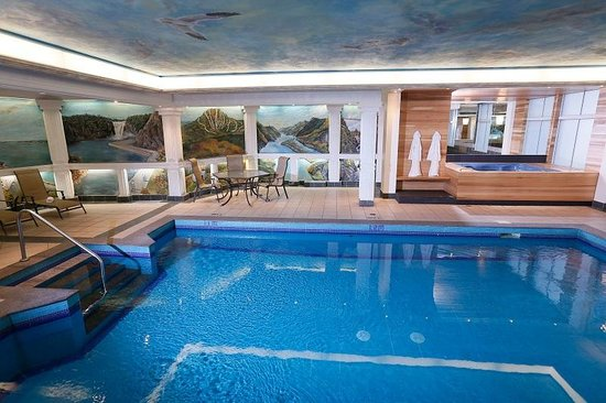 BEST WESTERN PLUS City Centre/Centre-Ville : Indoor Pool