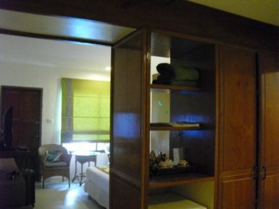 The Viridian Resort: entering room