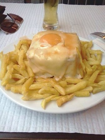 Cafe Santiago : Francesinha