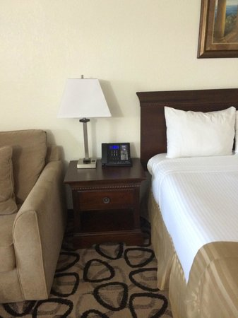 Boca Raton Plaza Hotel and Suites: na