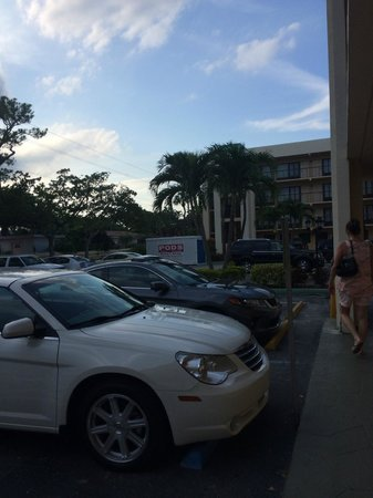 Boca Raton Plaza Hotel and Suites: na