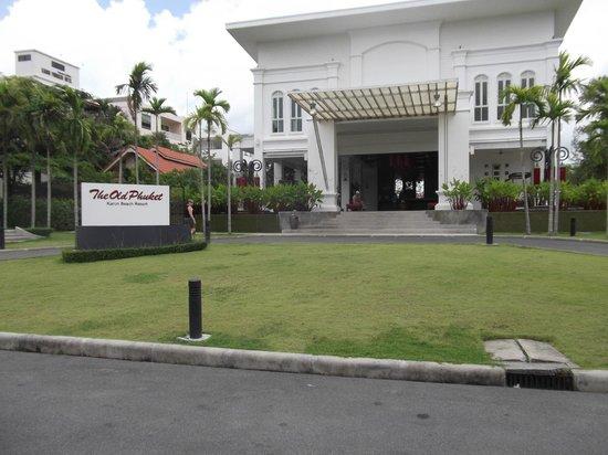 The Old Phuket : Enterance