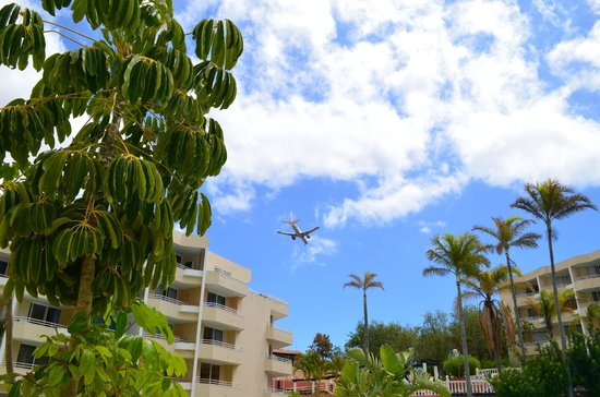 Parque Verde: Planes are really close but you can sleep well (especially after midnight)