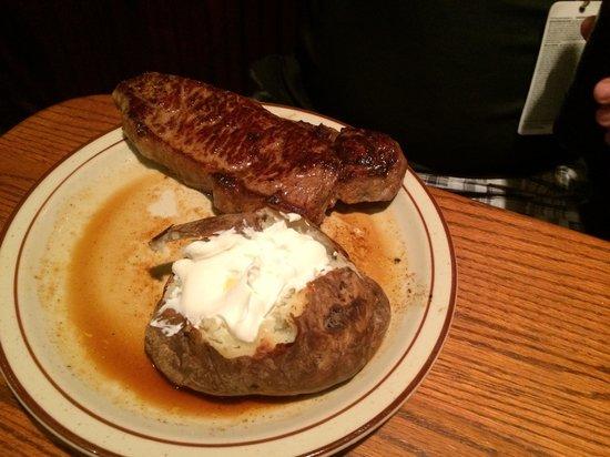 Demos' Steak And Spaghetti House: KC steak