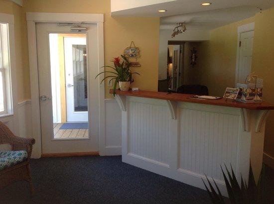 Schooner Bay Motor Inn: New office