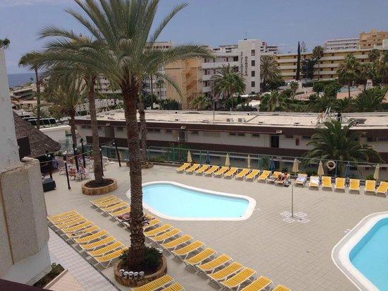 Koka Apartments: Childrens pool