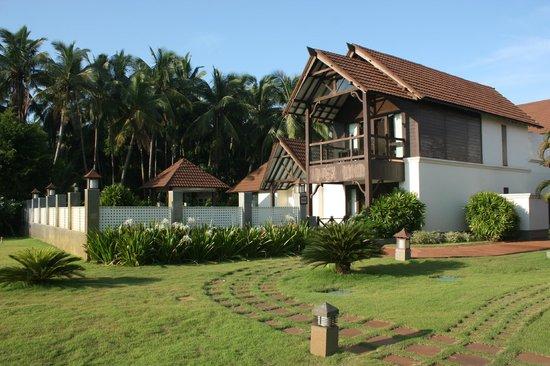 The Lalit Resort & Spa Bekal : Presidential suite.