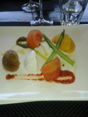 Chez Ma Cousine: assiette aux 4 tomates