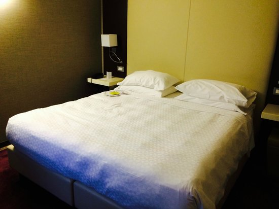 Four Points by Sheraton Milan Center: smart room