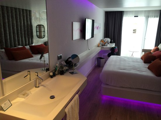 Hard Rock Hotel Ibiza: My room from view from it's front door