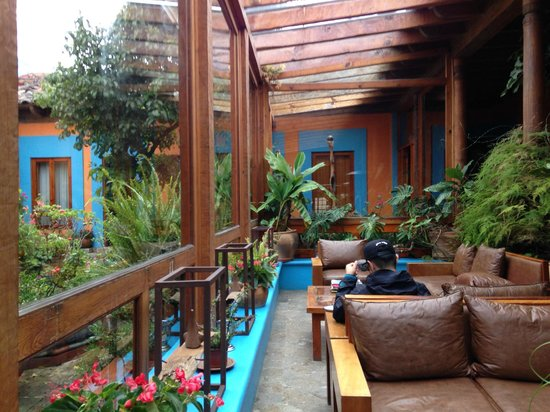 Hotel Posada El Paraiso: 部屋の前にあるスペース