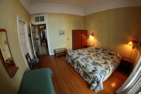 Republica San Telmo: Hotel triple room