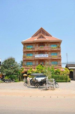 Gloria Angkor Hotel: hotel facade