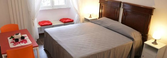 Guest House Maison Colosseo : Giunone Room