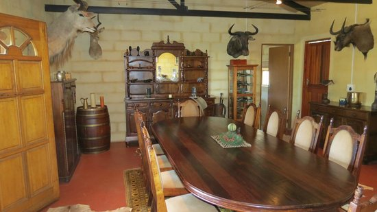 Kudu Ridge Game Ranch: Diningroom