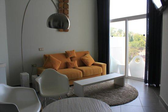 DoubleTree by Hilton Hotel Resort & Spa Reserva del Higueron: salon