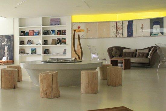 DoubleTree by Hilton Hotel Resort & Spa Reserva del Higueron: hall reception